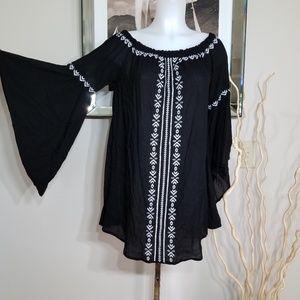 Cecico off shoulder black dress Sz S